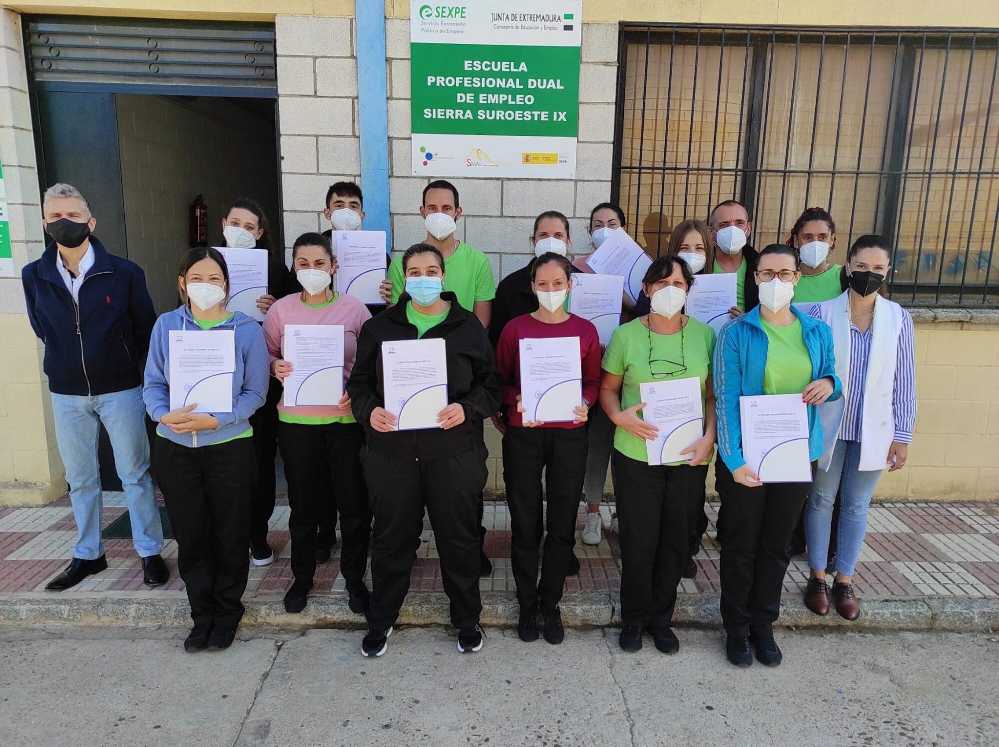 La Fempex ha entregado al alumnado de la EPD Sierra Suroeste IX el certificado de prevención de riesgos laborales